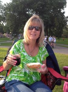 A gourmet picnic dinner~