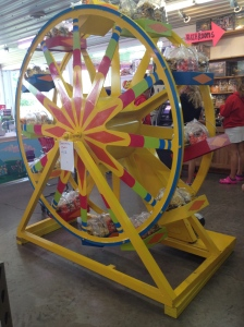They even had a ferris wheel!   Yes, it moved~