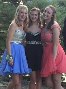 Hannah, Kelly & Emily looking so pretty & colorful.